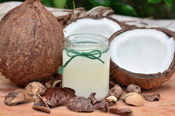 개를 위해 코코넛 오일을 활용하는 방법